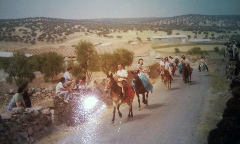 Una foto subiendo El Molar de 1963